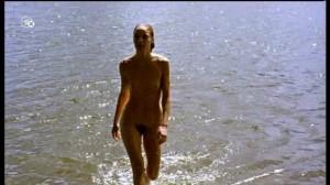 Jeanette Hain oben ohne im Film