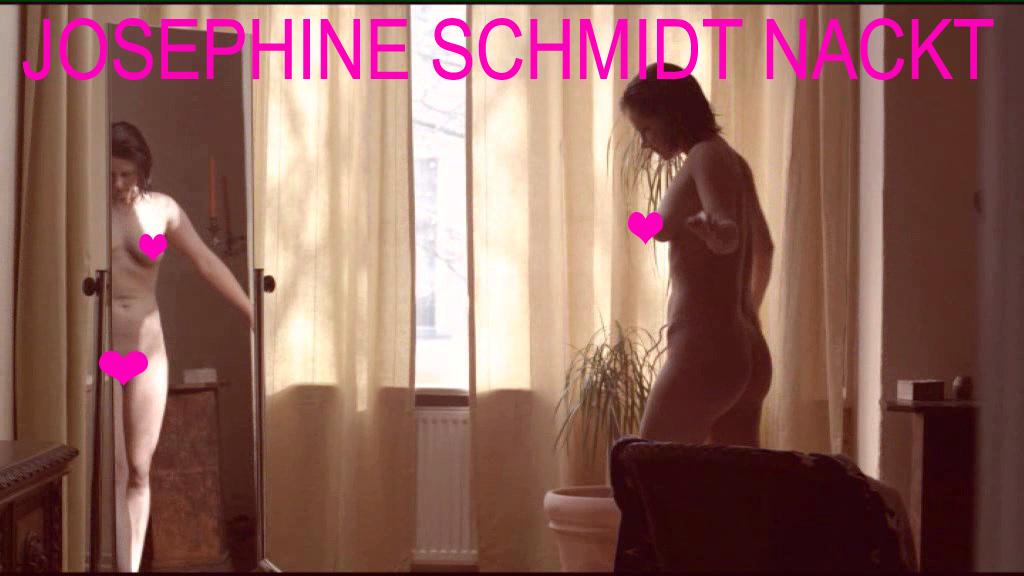Josephine Schmidt nackt in einem Kurzfilm